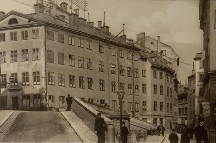 Person rånad och bakbunden i Gamla stan - P4 Stockholm   Sveriges Radio